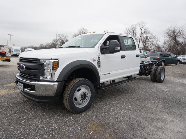 2018 F-450 Crew Cab DRW 4x4 Cab Chassis #185453 - photo 3