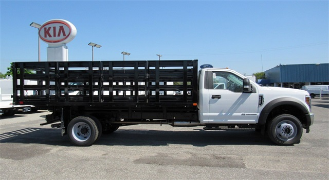 2018 F-450 Regular Cab DRW 4x4,  PJ's Truck Bodies & Equipment Stake Bed #185784 - photo 8