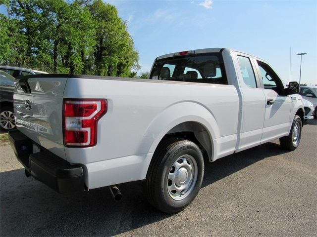 2018 F-150 Super Cab 4x2,  Pickup #185839 - photo 2