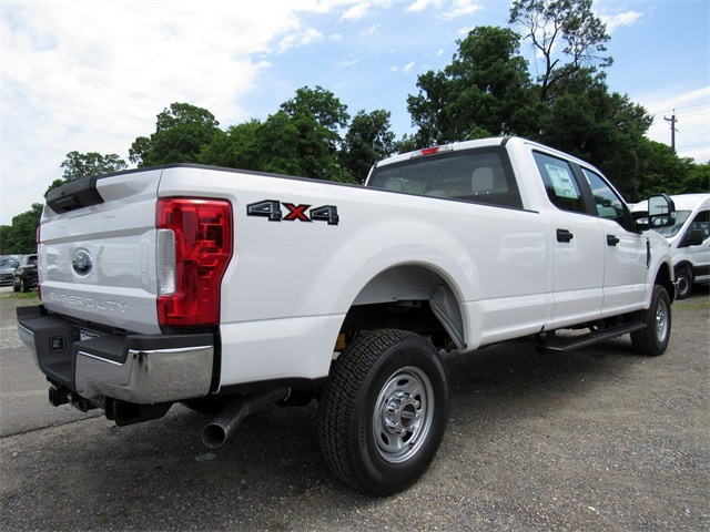 2018 F-250 Crew Cab 4x4,  Pickup #186065 - photo 2