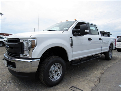 2018 F-250 Crew Cab 4x4,  Pickup #186065 - photo 4