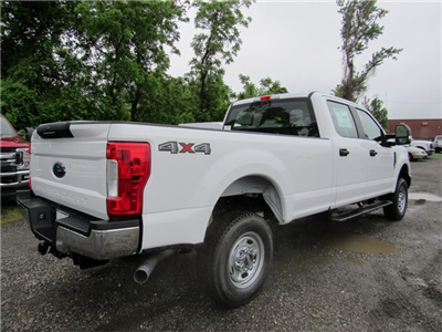 2018 F-250 Crew Cab 4x4,  Pickup #186109 - photo 2