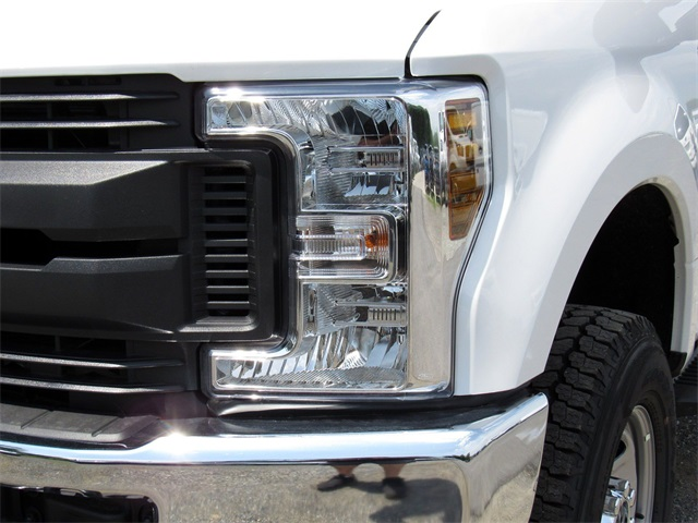 2018 F-350 Super Cab 4x4,  Service Body #186149 - photo 9