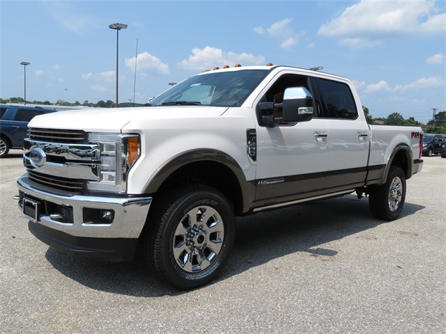 2018 F-250 Crew Cab 4x4,  Pickup #186454 - photo 4