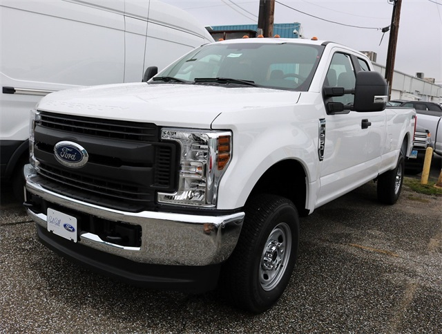 2018 F-350 Crew Cab 4x4,  Cab Chassis #186668 - photo 3