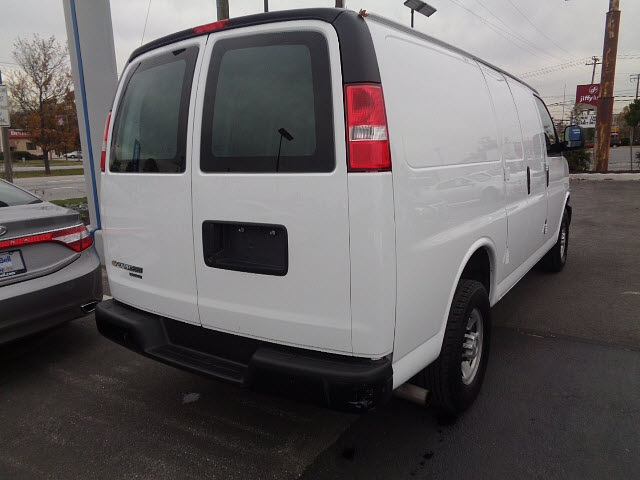 2016 Express 2500, Cargo Van #P15227 - photo 3