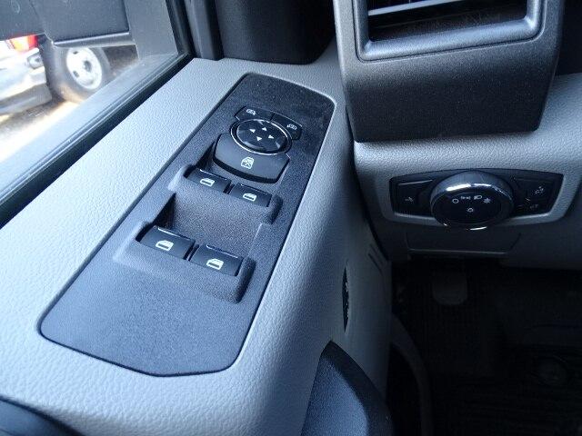 2019 F-550 Super Cab DRW 4x4,  Mechanics Body #CG5663 - photo 10
