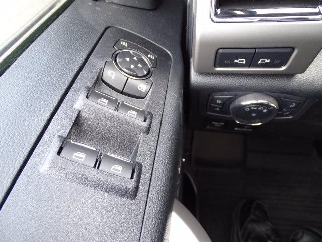 2020 Ford F-150 SuperCrew Cab 4x4, Pickup #CG7017FC - photo 19