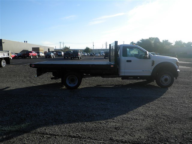 2017 F-550 Regular Cab DRW 4x2,  Knapheide Platform Body #CR1996 - photo 3