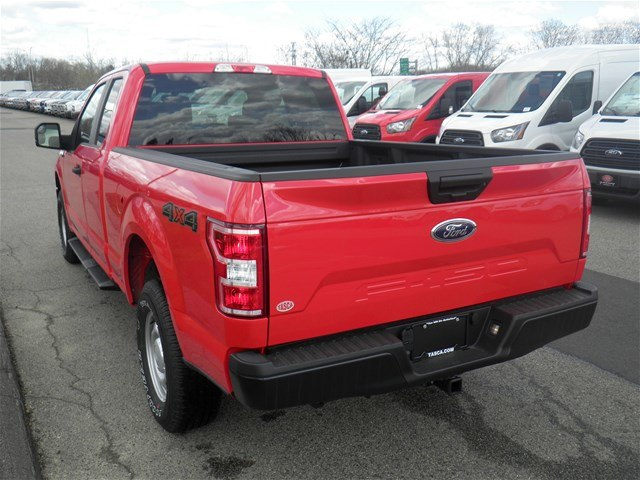 2018 F-150 Super Cab 4x4, Pickup #CFCR3164 - photo 9