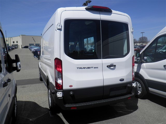 2018 Transit 250 Med Roof 4x2,  Empty Cargo Van #CR3168 - photo 8