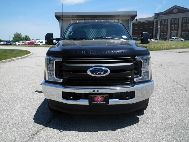 2018 F-350 Regular Cab DRW 4x4,  Duramag Landscape Dump #CR3378 - photo 4