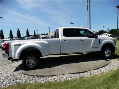 2018 F-350 Crew Cab DRW 4x4,  Pickup #CR3463 - photo 5