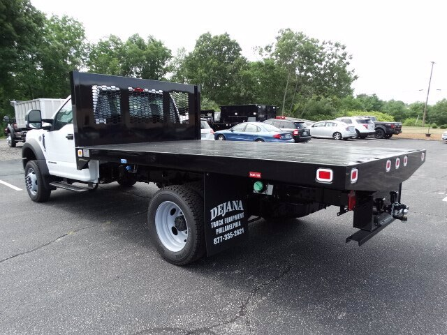 2018 F-450 Regular Cab DRW 4x2, Knapheide Value-Master X Platform Body #CR3979 - photo 2