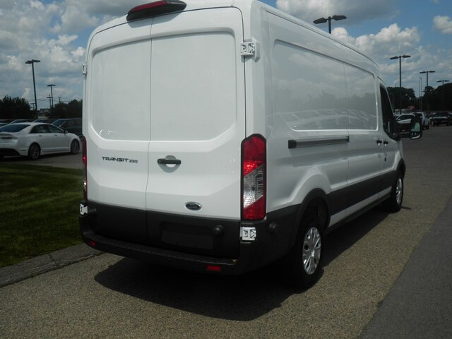 2018 Transit 250 Med Roof 4x2,  Empty Cargo Van #CR4588 - photo 7