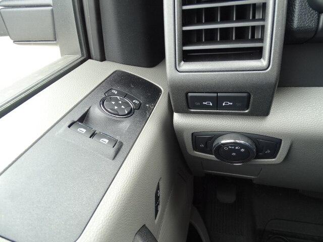 2019 F-550 Regular Cab DRW 4x4, Dump Body #CR4770 - photo 9