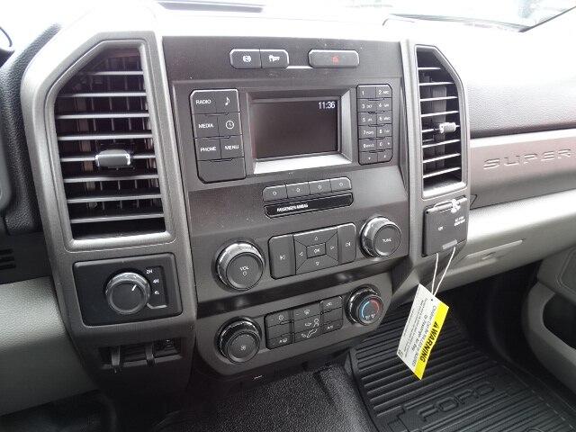 2019 F-550 Regular Cab DRW 4x4, Dump Body #CR4770 - photo 7