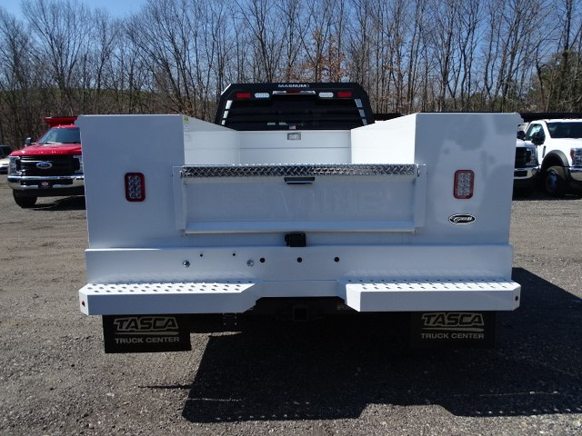 2019 F-550 Super Cab DRW 4x4,  Reading Service Body #CR4988 - photo 1