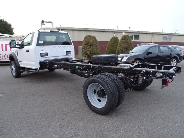 2019 F-550 Regular Cab DRW 4x2,  Cab Chassis #CR5179 - photo 1