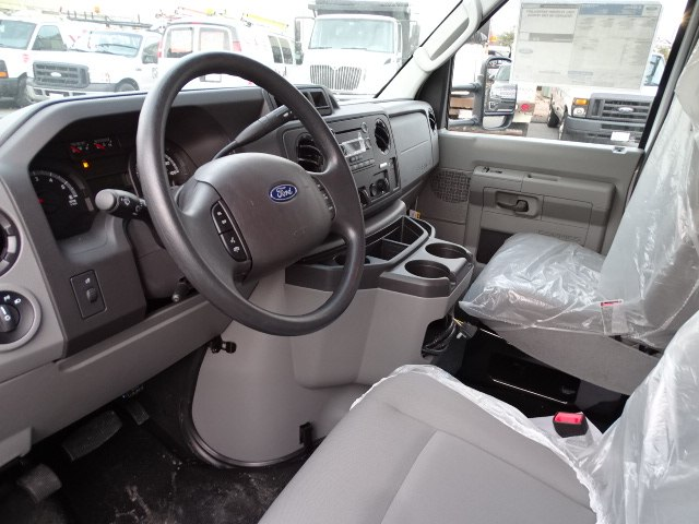 2019 E-350 4x2,  Dejana Truck & Utility Equipment DuraCube Cutaway Van #CR5239 - photo 6