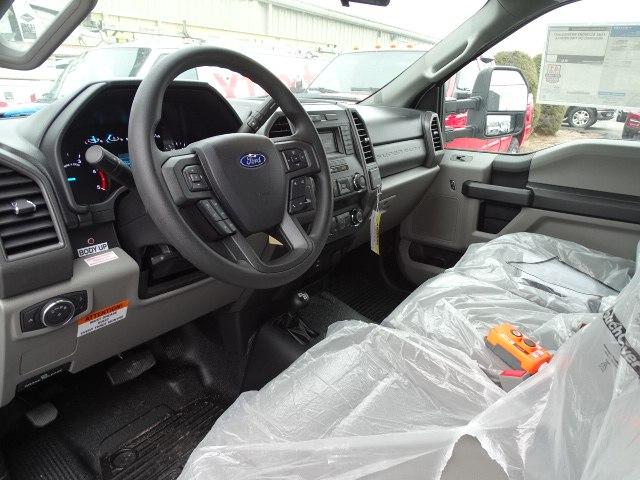 2019 F-550 Regular Cab DRW 4x4,  Dump Body #CR5285 - photo 4