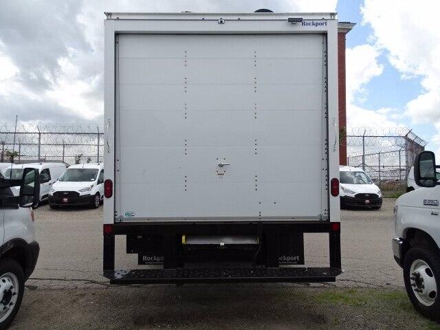 2019 Ford E-350 4x2, Rockport Cutaway Van #CR5363 - photo 2
