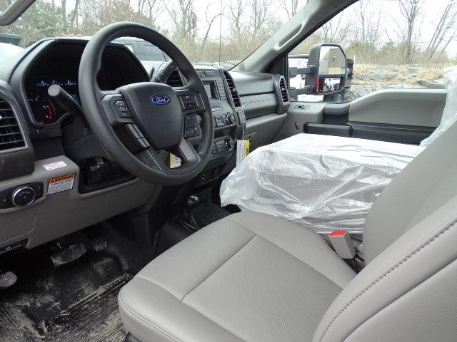 2019 F-550 Regular Cab DRW 4x4,  Knapheide Value-Master X Stake Bed #CR5534 - photo 4