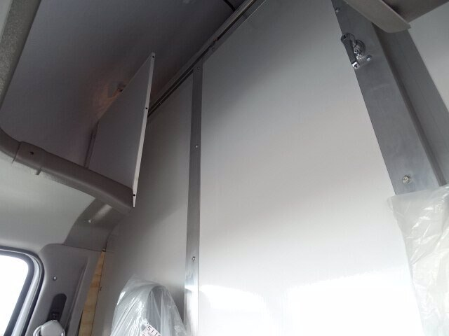 2019 E-350 4x2,  Rockport Cutaway Van #CR5614 - photo 5