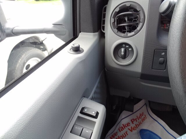 2019 E-350 4x2,  Rockport Cutaway Van #CR5614 - photo 8