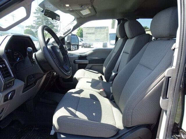 2019 Ford F-550 Super Cab DRW 4x4, Reading Classic II Aluminum  Service Body #CR5628 - photo 6