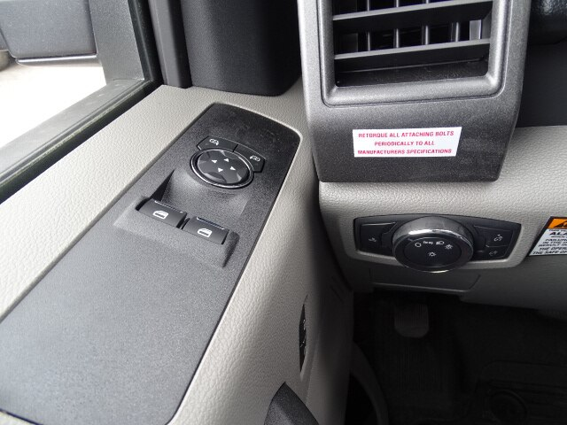 2019 F-550 Regular Cab DRW 4x2,  Knapheide Value-Master X Platform Body #CR5679 - photo 9
