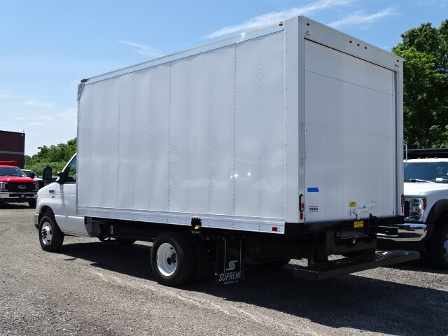 2019 E-350 4x2,  Supreme Iner-City Cutaway Van #CR5813 - photo 2