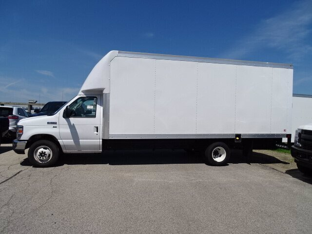2019 E-350 4x2,  Rockport Cutaway Van #CR5837 - photo 1