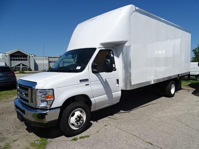 2019 E-350 4x2,  Rockport Cutaway Van #CR5878 - photo 3