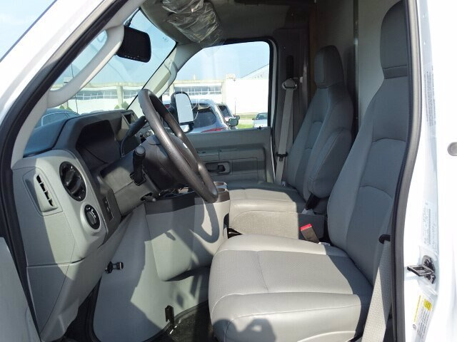 2019 Ford E-350 RWD, Rockport Cutaway Van #CR5880 - photo 5
