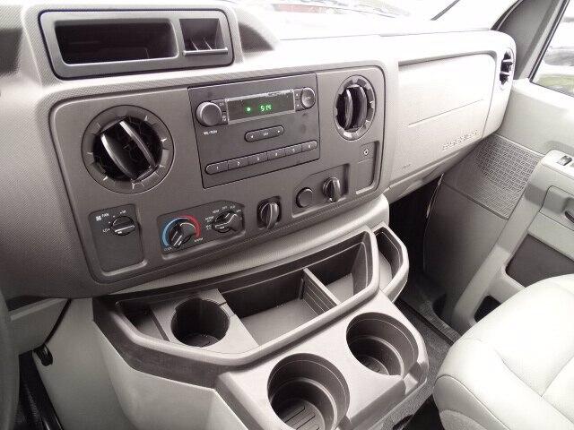 2019 Ford E-350 RWD, Rockport Cutaway Van #CR5882 - photo 7