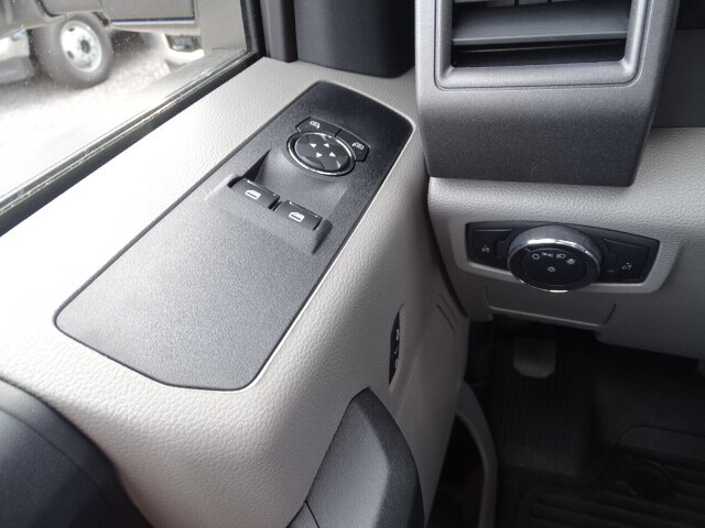 2019 F-550 Regular Cab DRW 4x4, Cab Chassis #CR6141 - photo 10