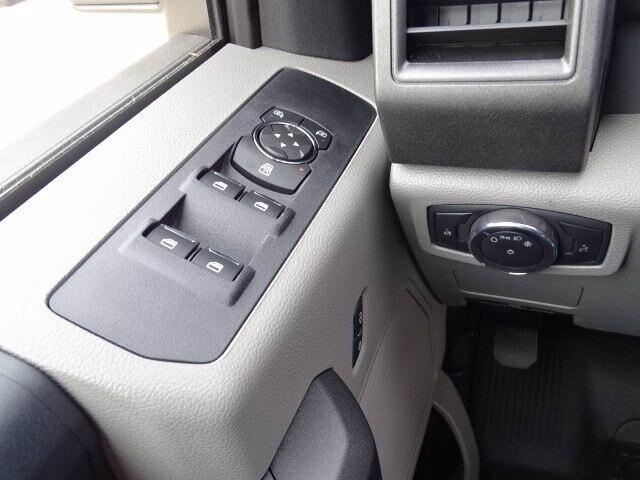 2019 Ford F-550 Super Cab DRW 4x4, Duramag S Series Service Body #CR6157 - photo 10
