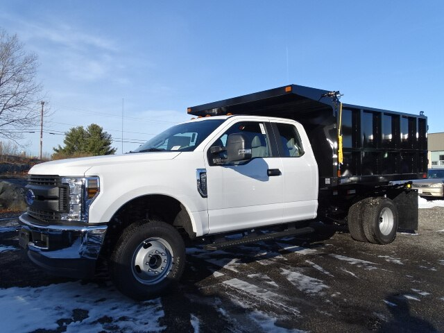 2019 F-350 Super Cab DRW 4x4, SH Truck Bodies Landscape Dump #CR6339 - photo 3