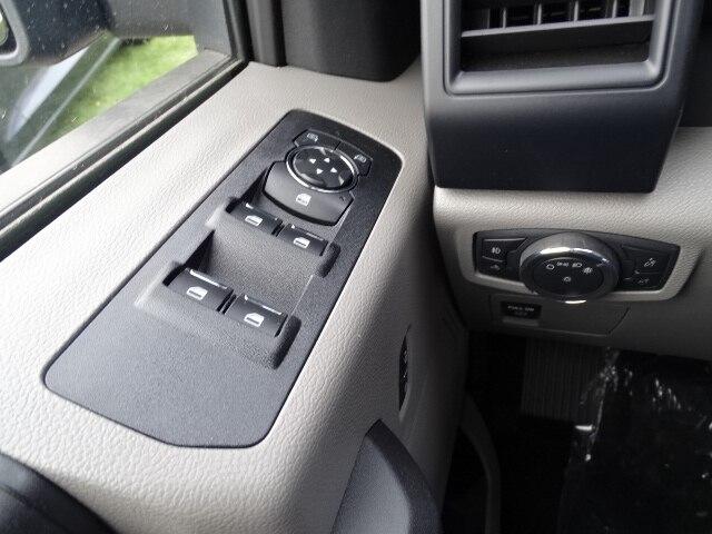 2020 F-150 SuperCrew Cab 4x4, Pickup #CR6367 - photo 18