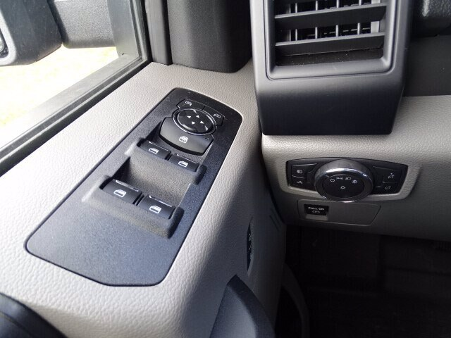 2020 F-150 SuperCrew Cab 4x4, Pickup #CR6511 - photo 19