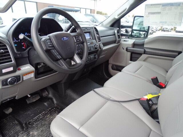 2020 Ford F-550 Regular Cab DRW 4x4, Rugby Landscape Dump #CR6803 - photo 4