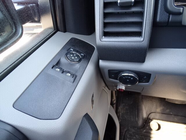 2020 Ford F-550 Regular Cab DRW 4x4, Crysteel Dump Body #CR7096 - photo 11