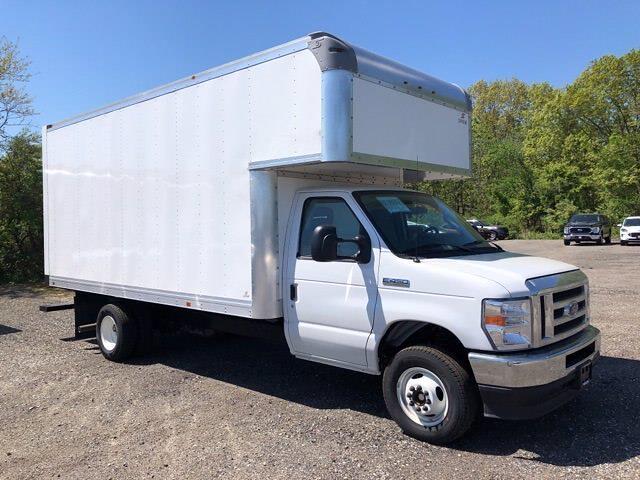 2022 Ford E-450 4x2, Supreme Cutaway Van #CR8369 - photo 1
