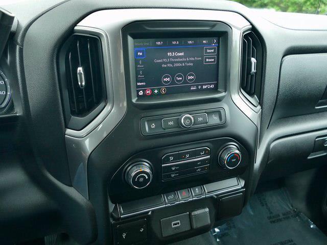 2020 Chevrolet Silverado 1500 Crew Cab 4x4, Pickup #IP6676A - photo 13