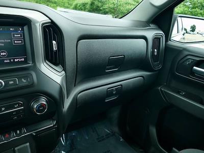 2020 Chevrolet Silverado 1500 Crew Cab 4x4, Pickup #IP6676A - photo 12