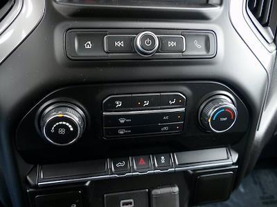 2020 Chevrolet Silverado 1500 Crew Cab 4x4, Pickup #IP6676A - photo 18