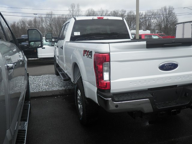2019 F-350 Crew Cab 4x4, Pickup #G5367 - photo 6