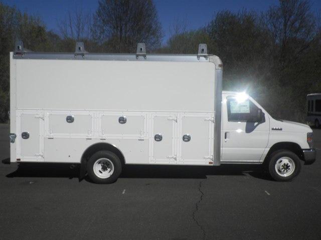 2019 E-450 4x2,  Dejana Truck & Utility Equipment DuraCube Max Service Utility Van #G5605 - photo 9