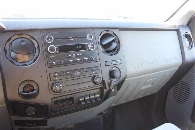 2015 F-550 Regular Cab DRW 4x4, Rugby Dump Body #G6179A - photo 19